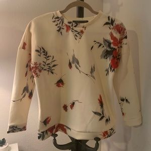 Sweaters - Floral Crewneck Pullover
